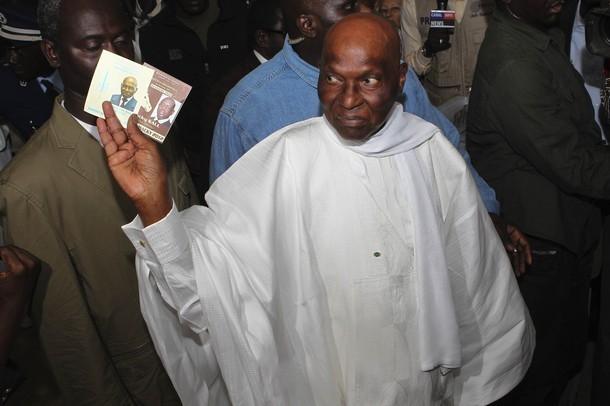 RETRO/2ème Alternance politique du 25 mars 2012 : L'« apprenti»  Macky Sall élu chef de l'Etat au dépens de son  « Maître » Wade