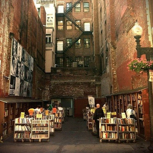 Outdoors, Brattle Book Shop, Boston, Massachusetts