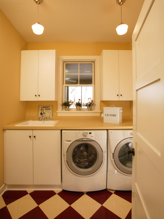 Sunny And Simply Laundry Room (Minneapolis)