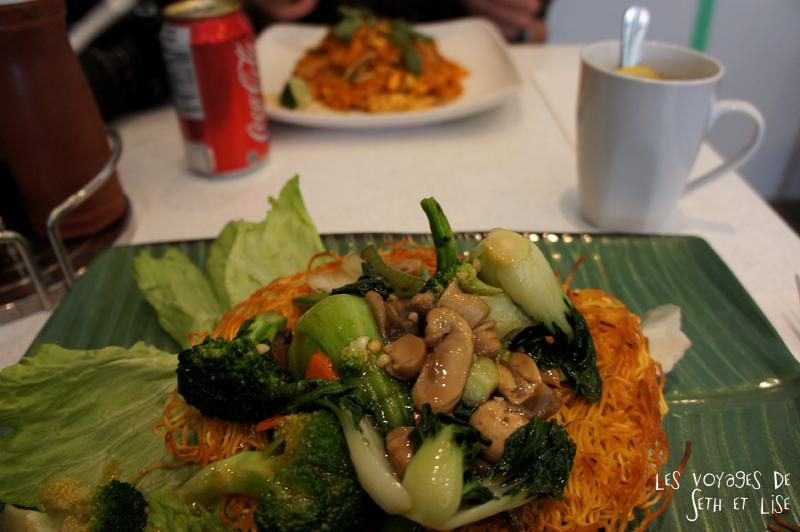 blog pvt canada montreal couple voyage bouffe viet thai manger