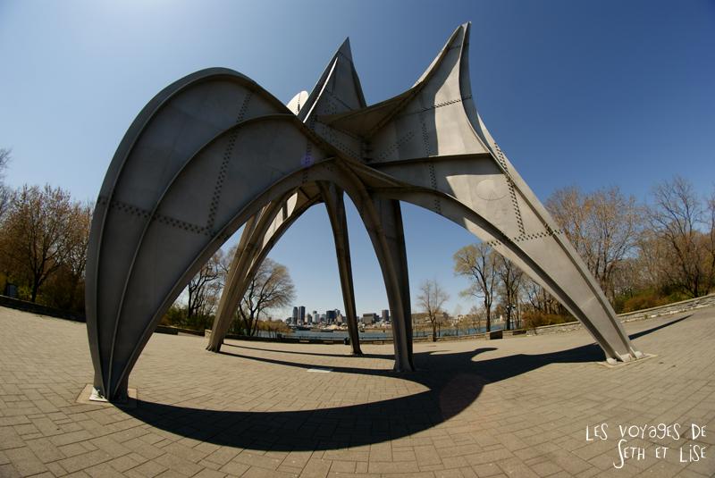 blog pvt canada montreal couple voyage sculpture homme calder jean drapeau parc