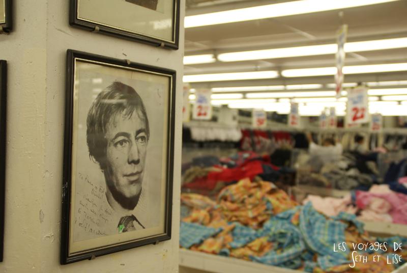 blog photo canada toronto pvt humour whv honest ed bargain vintage shop portrait photo