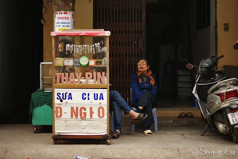 blog voyage vietnam hanoi people street