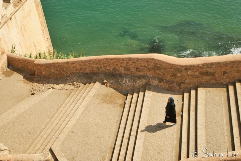 femme citadelle kasbah rabat