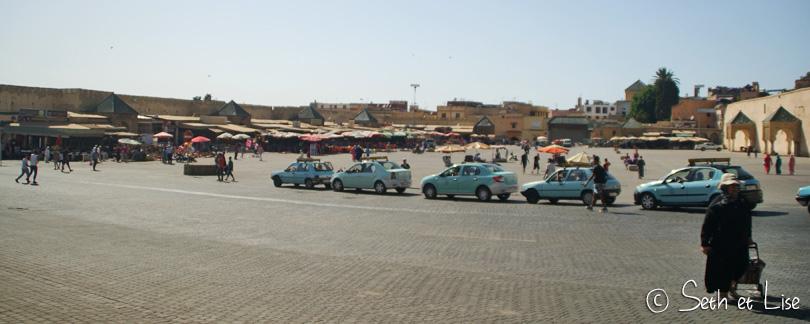 petit taxi meknes maroc