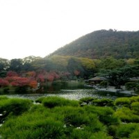 How to go to Ritsurin Garden?