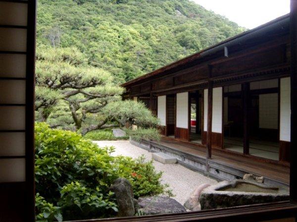 Kikugetsutei is the main tea house in Ritsurin Garden