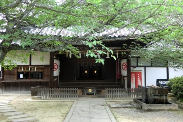 Konpira-san - First Steps - 8 - Shrine before the gate