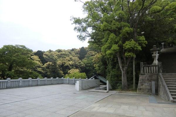 Climbing Konpira-san - Part Four - 03