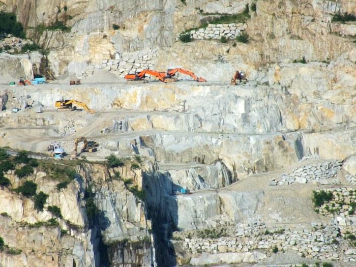 Aji Quarry - Close up