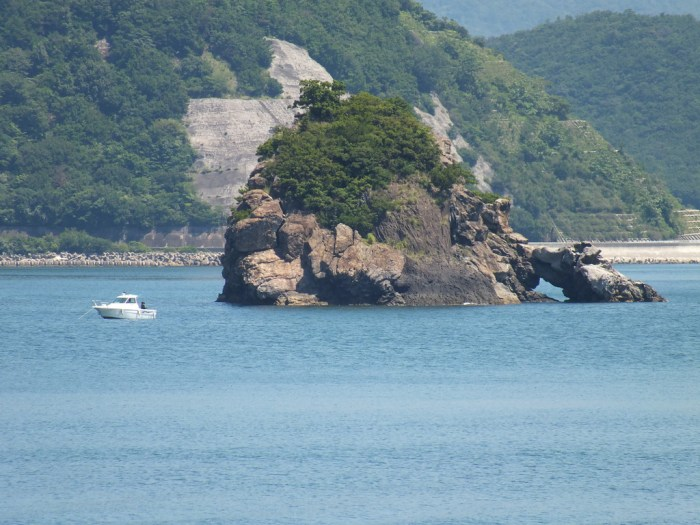 15-hanasuwajima