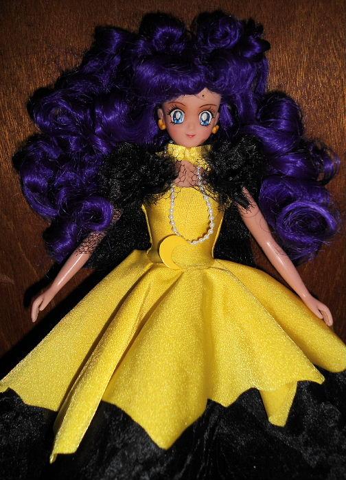 11 Human Luna Irwin America Doll