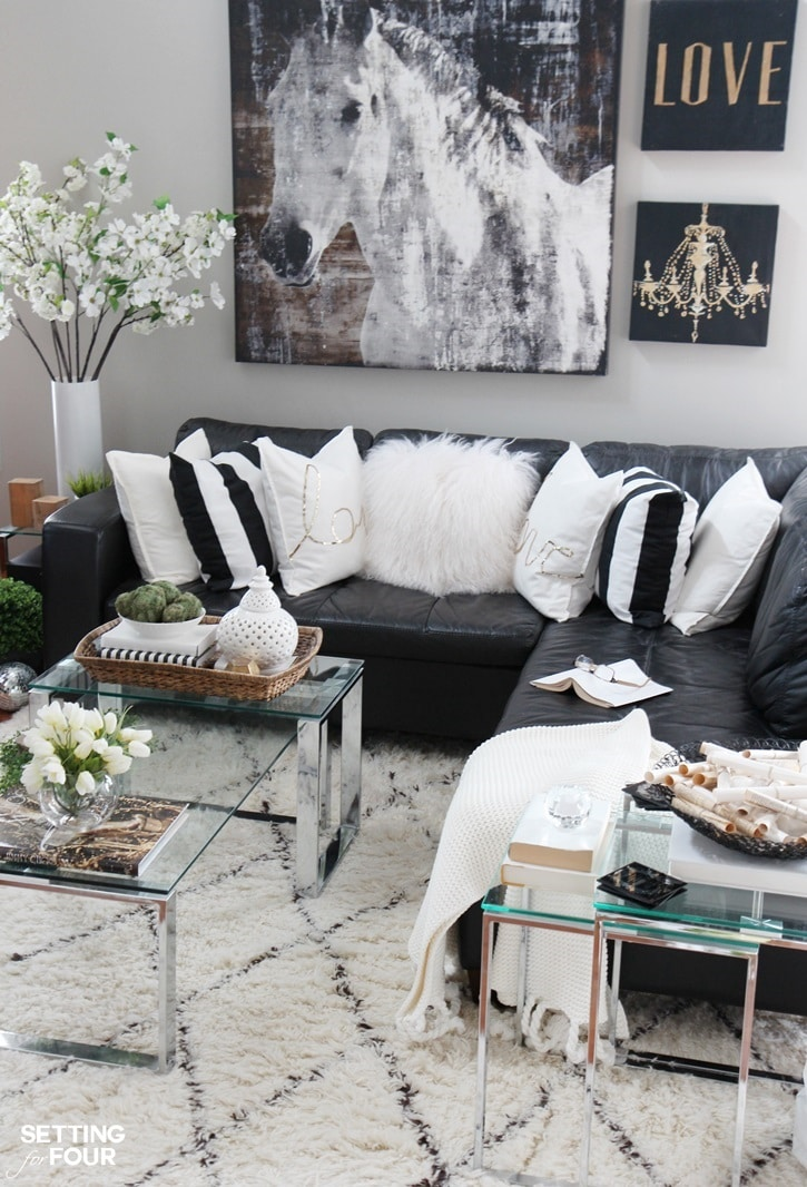 5 tips to decorate accent tables like a