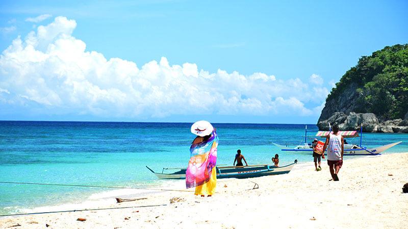 菲律賓海島旅遊:薄荷島宿霧,為菲律賓最大的海洋保護區,浮潛,宿霧,巴拉望精選行程 | 東南旅遊網