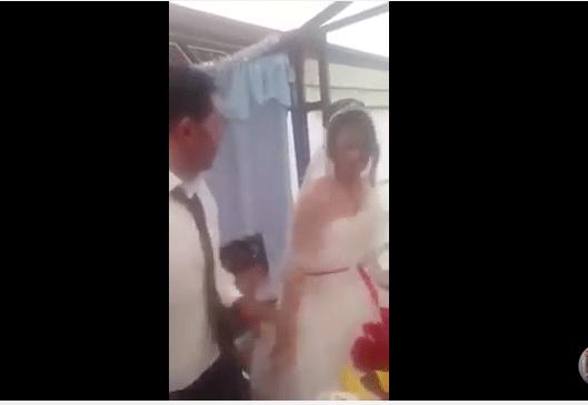 VIDEO: Recién casado agrede a su esposa en pleno festejo