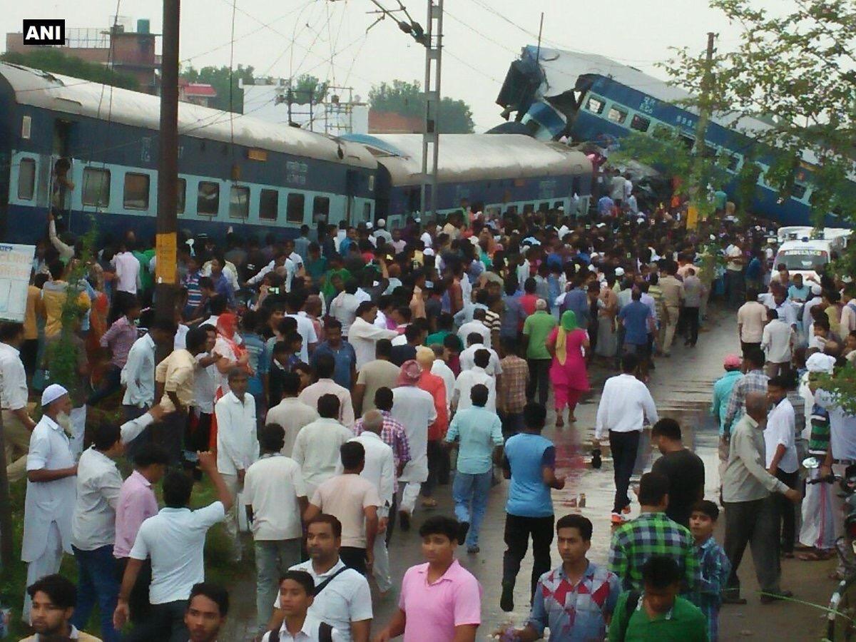 Se descarrilla tren en la India; reportan 5 muertos y 34 heridos
