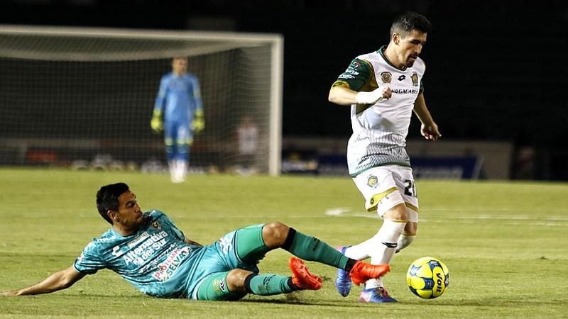 Francisco Pizarro acusa que su equipo quiso cobrarle por jugar