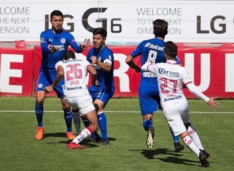 Cruz Azul mantiene invicto en pretemporada con Caixinha