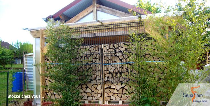 Bois de chauffage stocké chez vous sous abri   Sèvaflam - Bois de chauffage sur palette