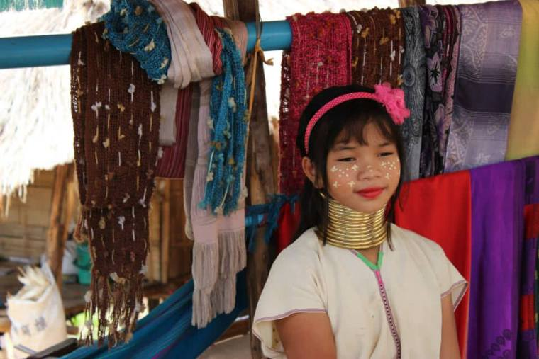 A young girl from the Karen Hill Long Neck tribe