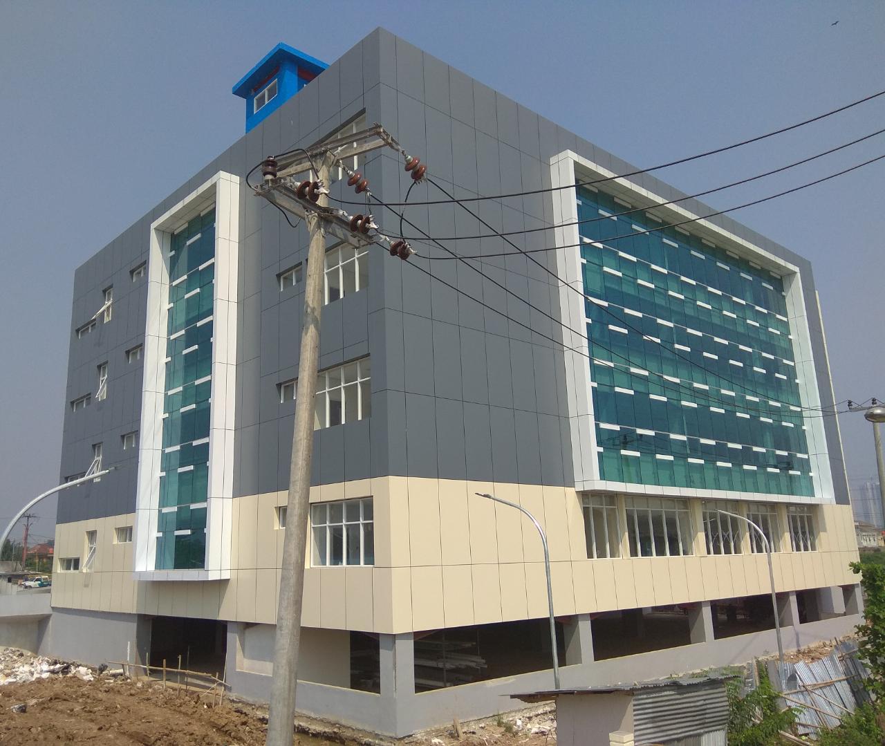 tukang pasang ACP spesialis jasa pasang aluminium composite panel Seven di Jakartaspecialist high rise building