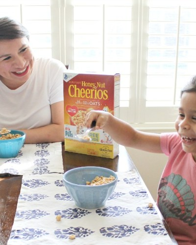 3 Ways to Bond With Your Child in the Morning: Starting the Day with Honey Nut Cheerios