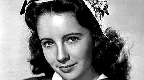 Elizabeth Taylor 1945