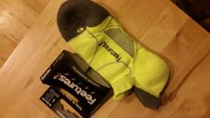 Feetures Max Cushion Elite Tabbed Running Socks