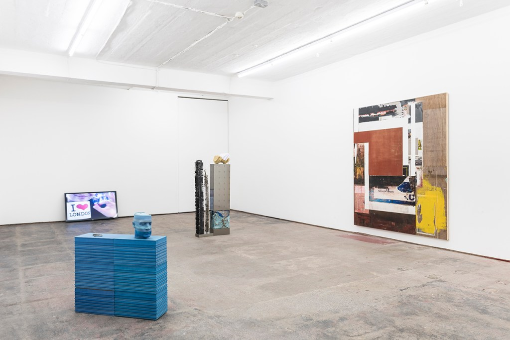 morning-uber-evening-oscillators-seventeen-installation-view-11