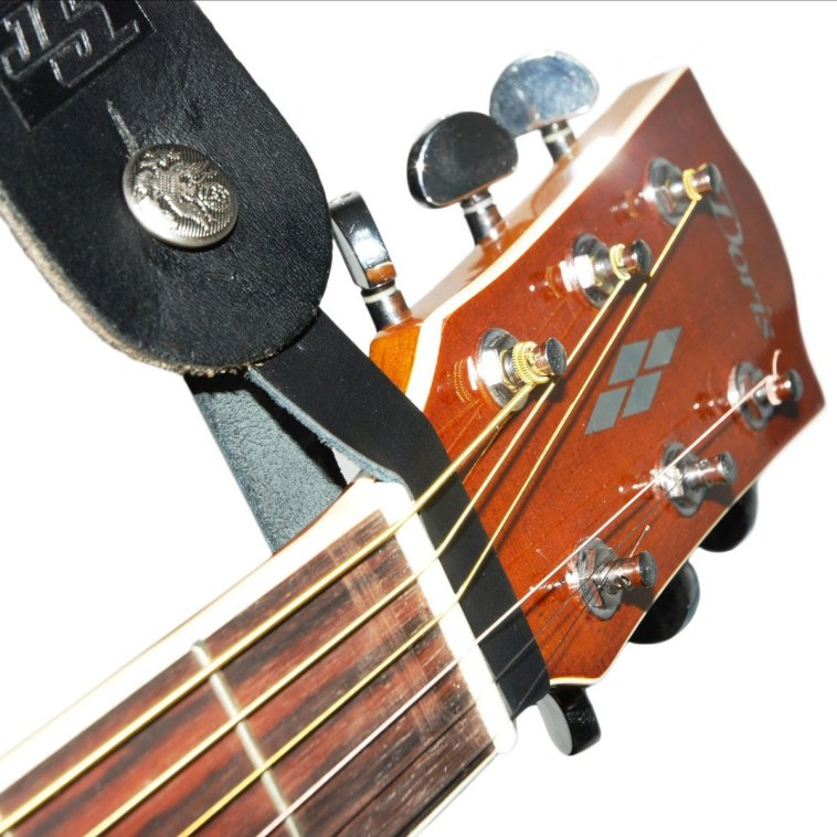 Guitar String Keeps Snapping : how to use a guitar strap severn river music ~ Vivirlamusica.com Haus und Dekorationen