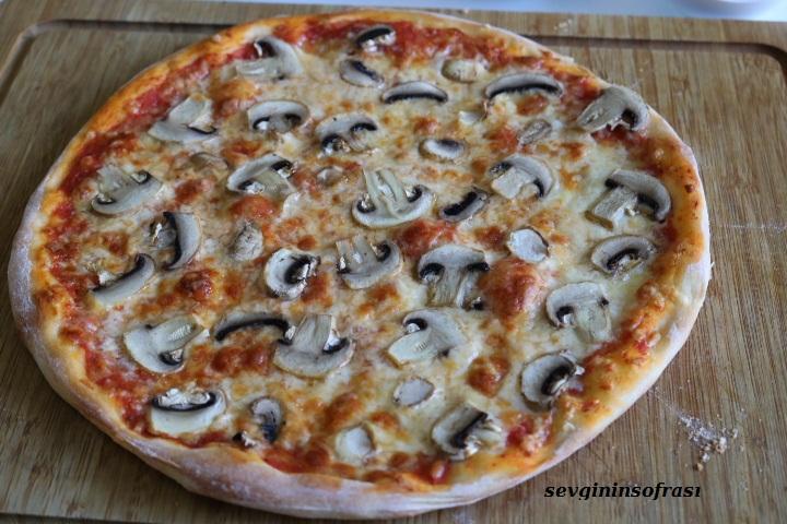 Hakiki Pizza Hamuru Nasıl Yapılır?