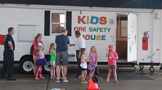 Sevierville Fire Department Welcomes Camp Kids
