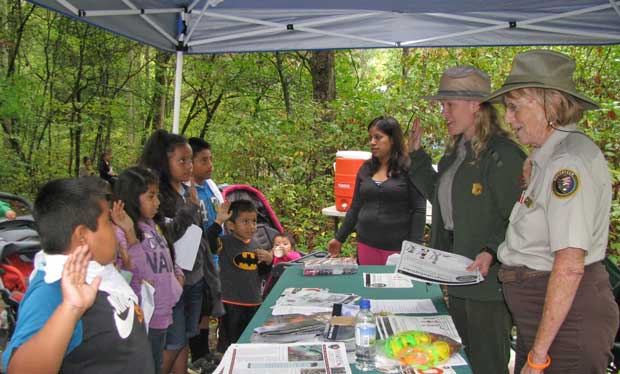 Swearing in Junior Rangers at Great Smoky Mountains National Park