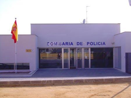 Vista frontal de la Comisaría de la Policía Nacional