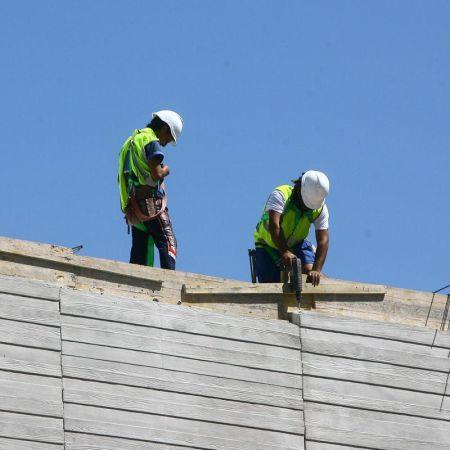 albaniles-construccion