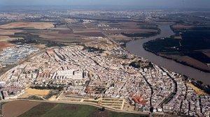 Vista aérea de Coria del Río, uno de los 46 municipios dependientes del Potaus.