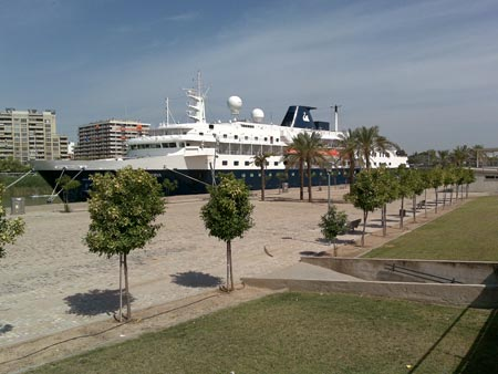 El Buque Minerva siguió en su ruta por el Mediterráneo hacia la ciudad portuguesa de Oporto