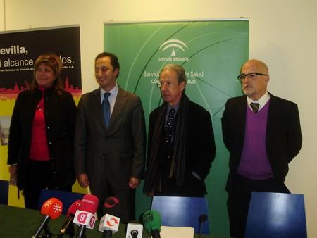 La Consejería deSalud y el Ayuntamiento comunicaron ayer la construcción de tres centros más