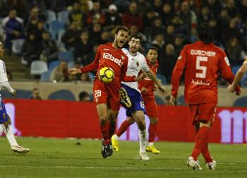 El central sevillista realizó un gran partido en defensa ante el Zaragoza/SevillaFC