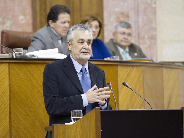José Antonio Griñán durante el pleno de ayer del Parlamento