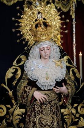 Virgen de la Estrella durante el besamanos/J.A. Bandera