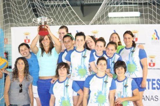 Las chicas de Javier Cortés han logrado este fin de semana la Copa de Andalucía tras vencer al C.W. Algeciras por 19-3./SA