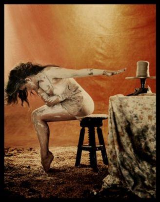 El barro es uno de los elementos principales del espectaculo. /Ruben Martín