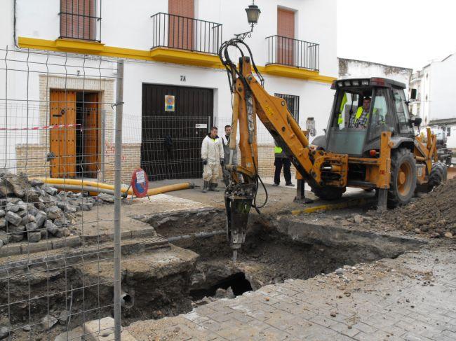 Los trabajos continúan en Cronista M. Jiménez