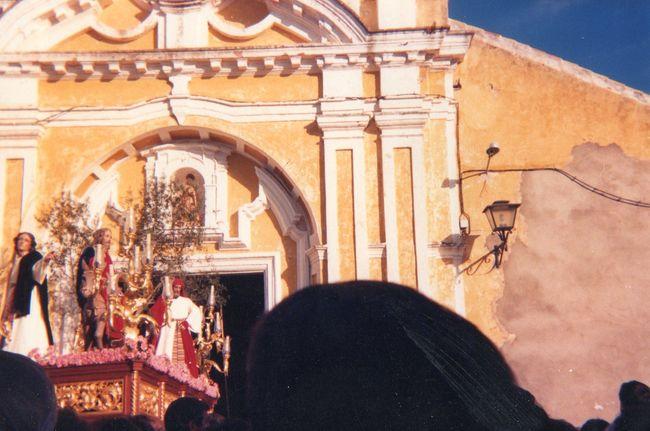 La Borriquita en una de sus últimas procesiones a finales de los años ochenta / Imagen de archivo