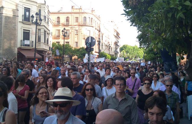 Imagen tomada por el twittero Luis Rull hoy en Sevilla/Luis Rull
