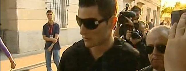 Samuel Benítez, a su entrada ayer en la Audiencia Provincial
