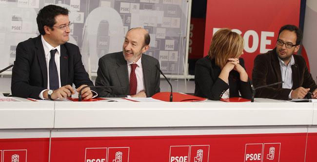valenciano-reunion-secretarios-provinciales-130412