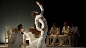 Un momento del espectáculo 'Cuna Blanca & Negra' /LaBienal
