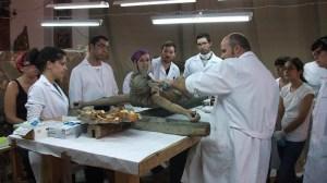 estudiantes-bellas-artes-us-retablo-castro-rio-140912